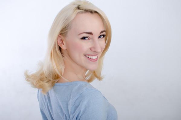 Lilly Wilton Headshots