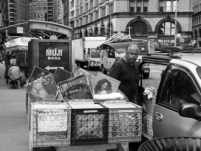 New York Street - Black & White - NYC & Brooklyn