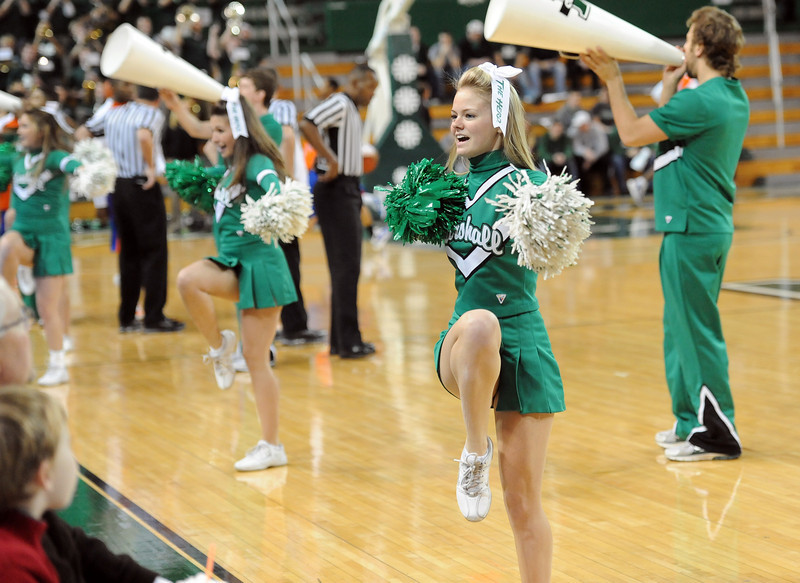 cheerleaders0712.jpg