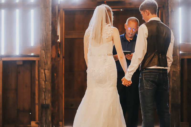 Krotz Wedding-243.jpg