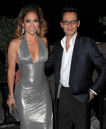 2009-07-24 - Jennifer Lopez birthday party with Marc Anthony