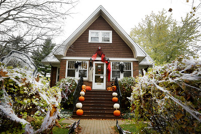 102620 CLPD Haunted Homes (MA)