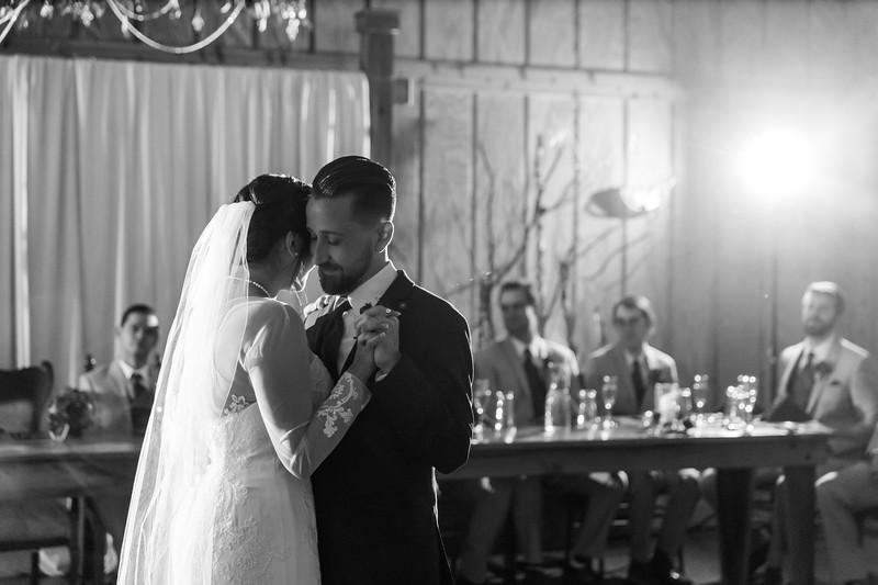 Rockford-il-Kilbuck-Creek-Wedding-PhotographerRockford-il-Kilbuck-Creek-Wedding-Photographer_G1A7782.jpg