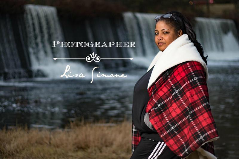 8L3A8510 Photographer White.jpg