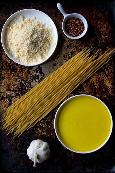 Spaghetti Aglio Olio ingredients 4.jpg