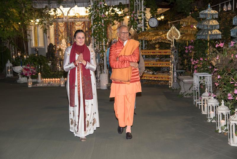 20151108_Swami Chetanananda_029.jpg