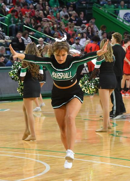 cheerleaders0645.jpg