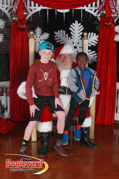 Santa 12-17-16-605.jpg