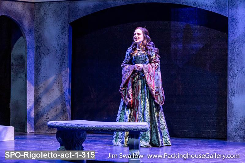 SPO-Rigoletto-act-1-315.jpg