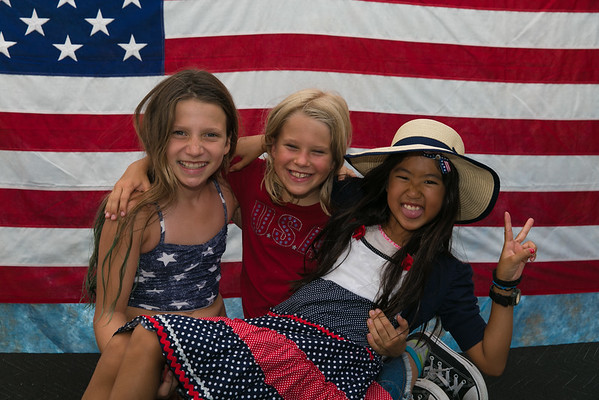 2016 Painted Trails July 4th Celebration - Family Portraits