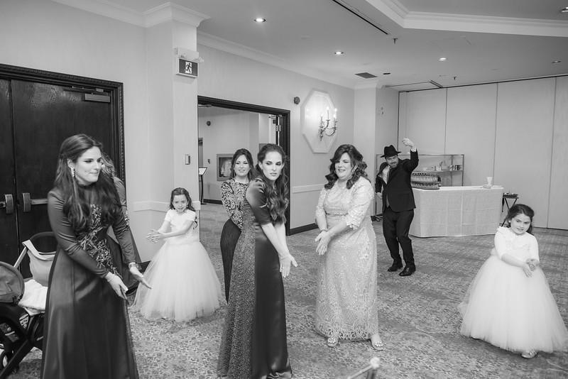Miri_Chayim_Wedding_BW-364.jpg