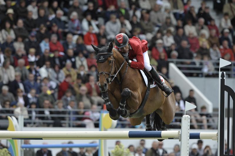 JUMPING : Pius SCHWIZER - CARLINA COUPE DES NATIONS 2012 -  CSIO DE LA BAULE 2012 - PHOTO : © CHRISTOPHE BRICOT