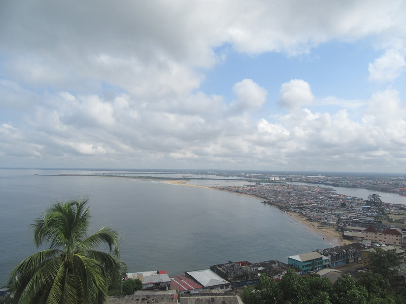 018_Monrovia. Seen from Snipper Hill. West Point (slums).JPG