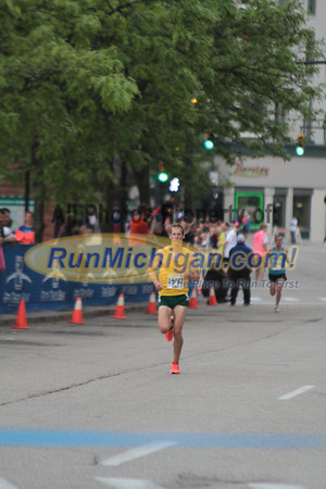 5K Top Finishers at Finish Line - 2012 Fifth Third River Bank Run