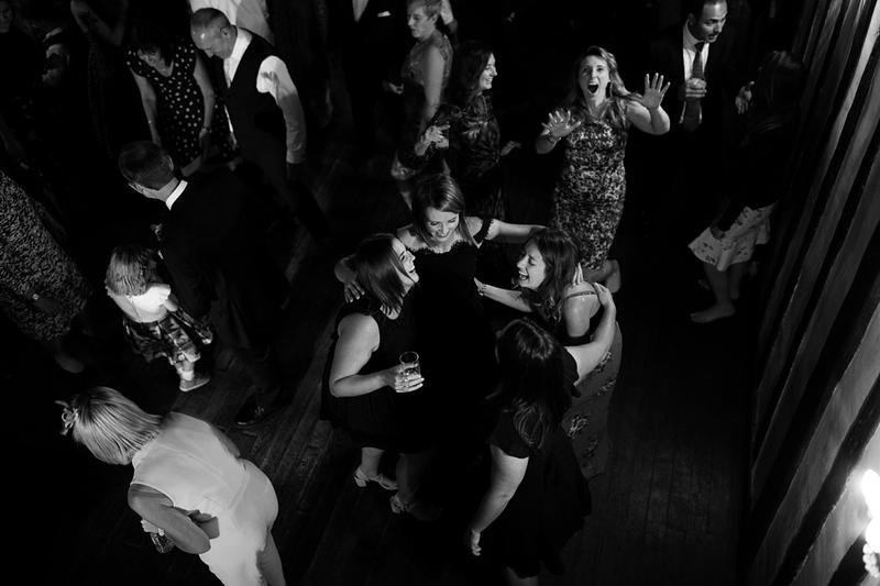 wedding-photographer-prioryhall-suffolk-evening-(78).jpg
