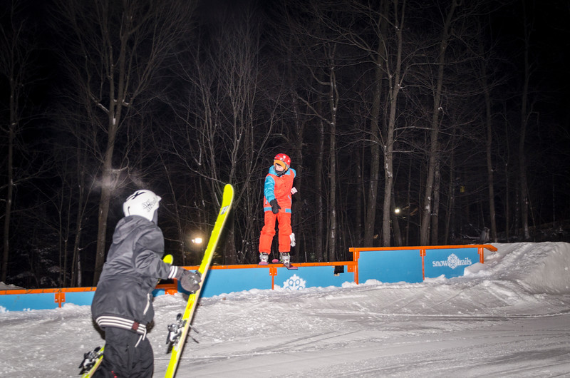 Nighttime-Rail-Jam_Snow-Trails-32.jpg