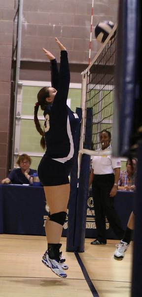 VCA Knights Volleyball 2013-15.jpg