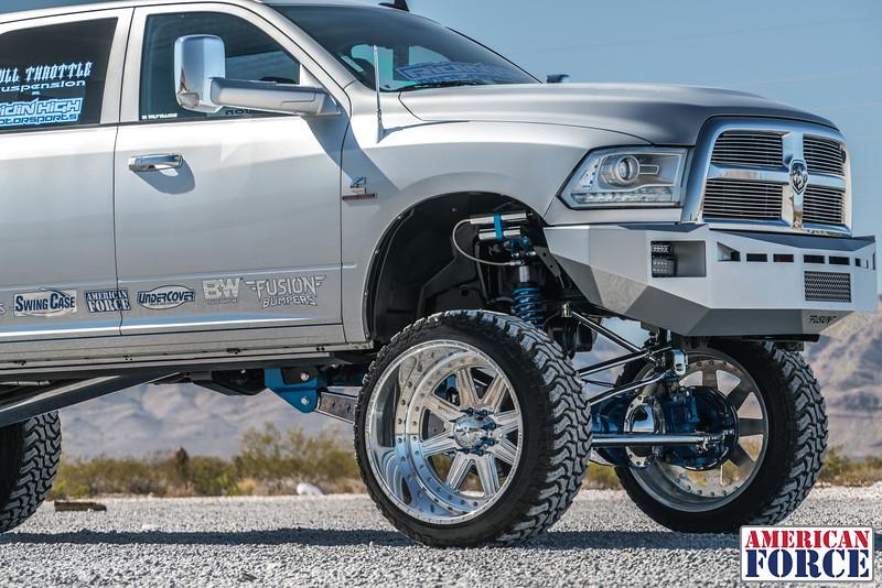 Ridin'-High-Silver-Dodge-Ram-161105-DSC02760-18.jpg