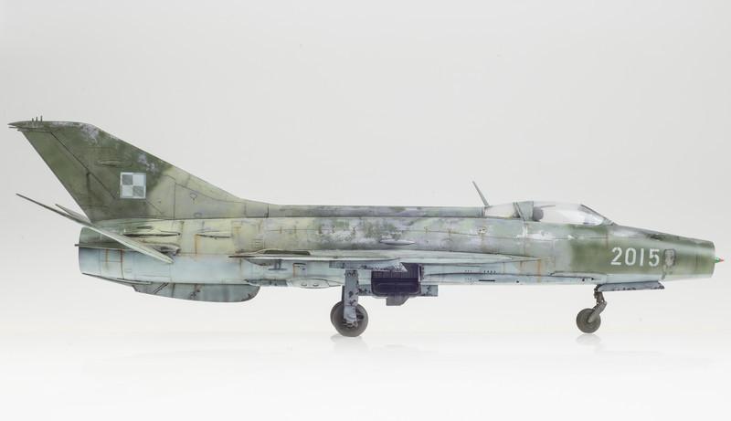 Trumpeter MiG-21F-13 FINAL 05-01-14-4.jpg