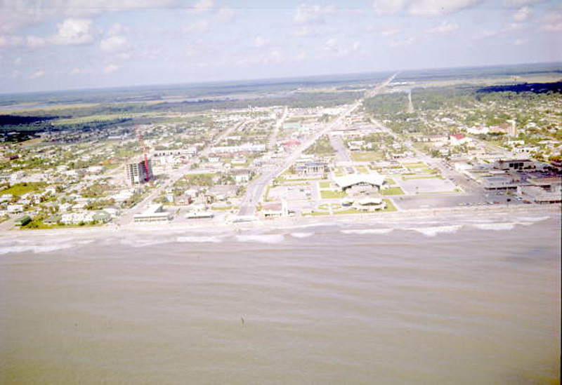 1972-looking west beach boulevard.jpg