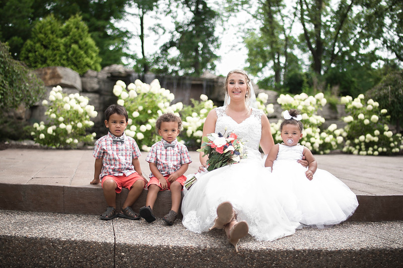 Laura & AJ Wedding (0601).jpg