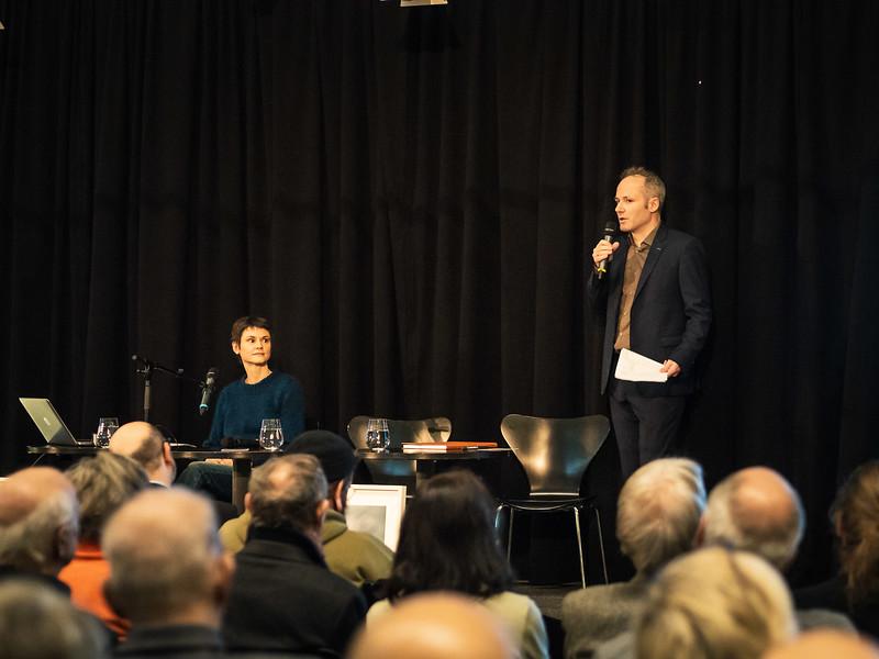 Maik Novotny und Fotohistorikerin Ulrike Matzer