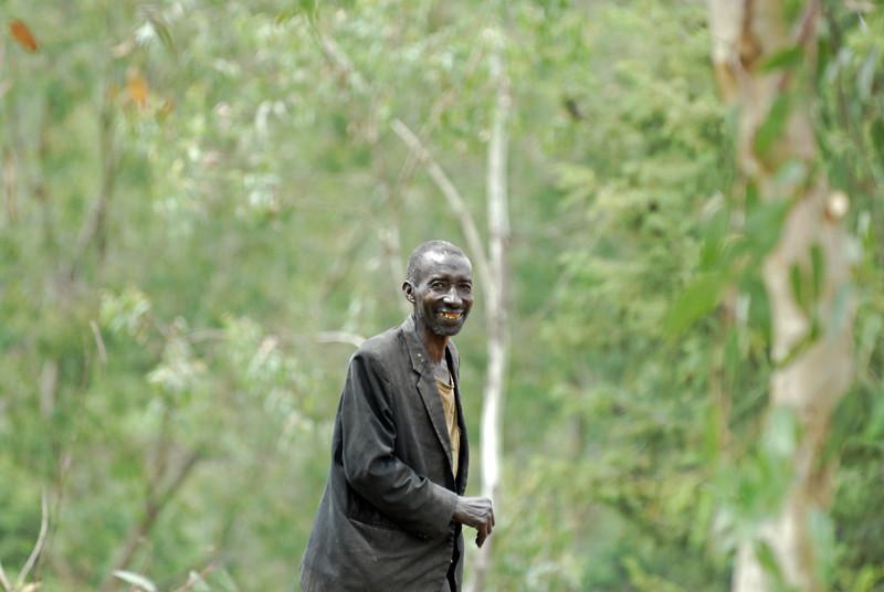 070115 4340 Burundi - on the road to Karera Falls _E _L ~E ~L.JPG