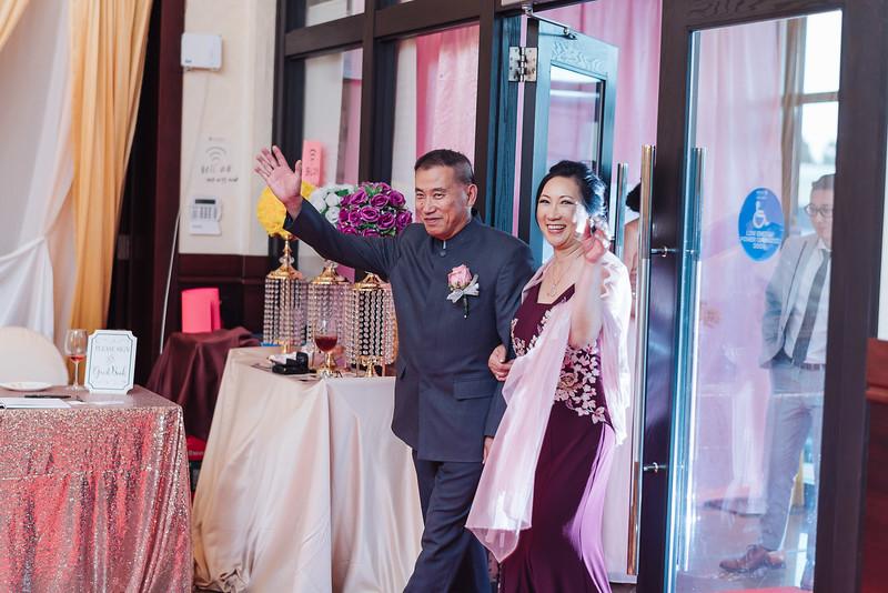2018-09-15 Dorcas & Dennis Wedding Web-1032.jpg