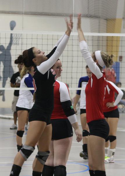 Lutheran-West-Volleyball-vs-Laurel--September-15-2012--14.JPG