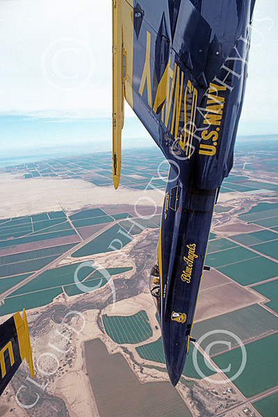 U.S. Navy Flight Demonstration (Blue Angels) Squadron Airplane Pictures