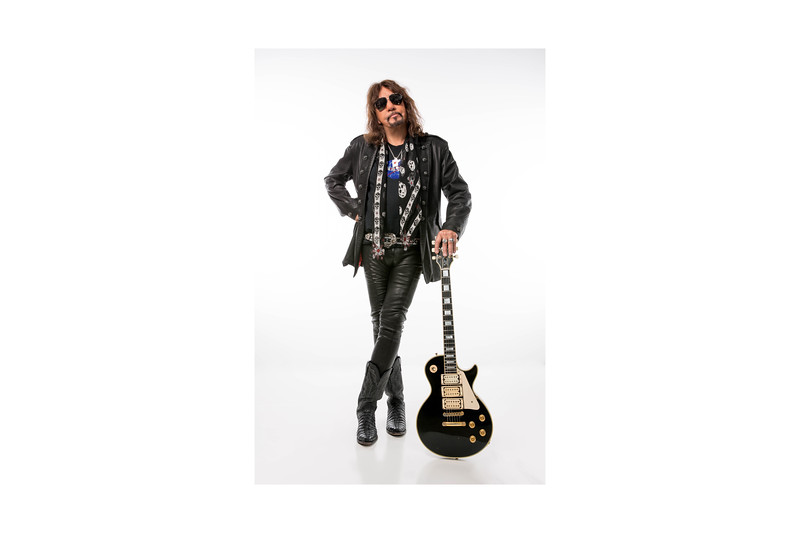 ACE FREHLEY4596 2.jpg