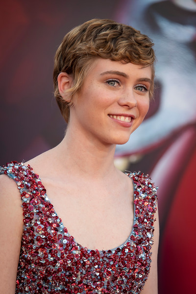 "WESTWOOD, CA - AUGUST 26: Sophia Lillis attends the Premiere Of Warner Bros. Pictures' ""It Chapter Two"" at Regency Village Theatre on Monday, August 26, 2019 in Westwood, California. (Photo by Tom Sorensen/Moovieboy Pictures)"