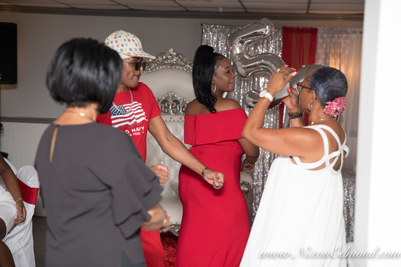 Jackies50th-200.jpg