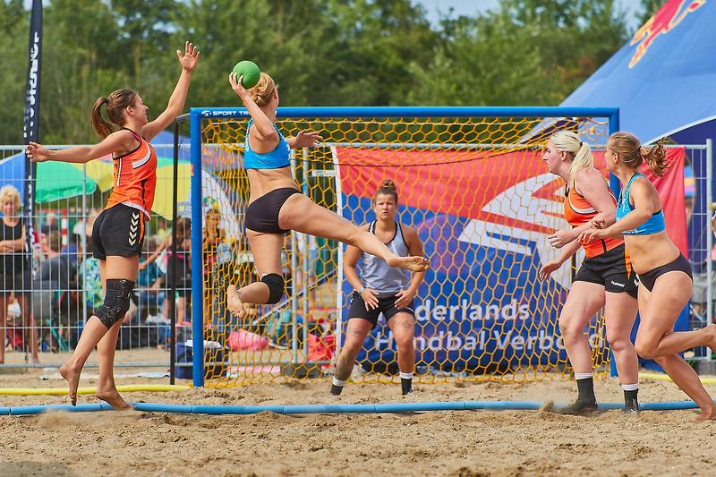 Molecaten NK Beach Handball 2017 dag 1 img 305.jpg