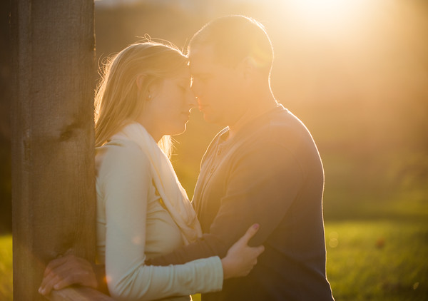 Katelyn & Travis's Pollack Vineyard Engagement