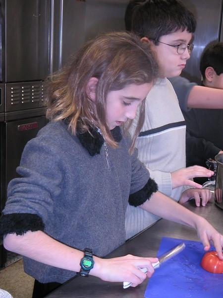 2002-12-15-JOY-Shelter-Meal_022.jpg