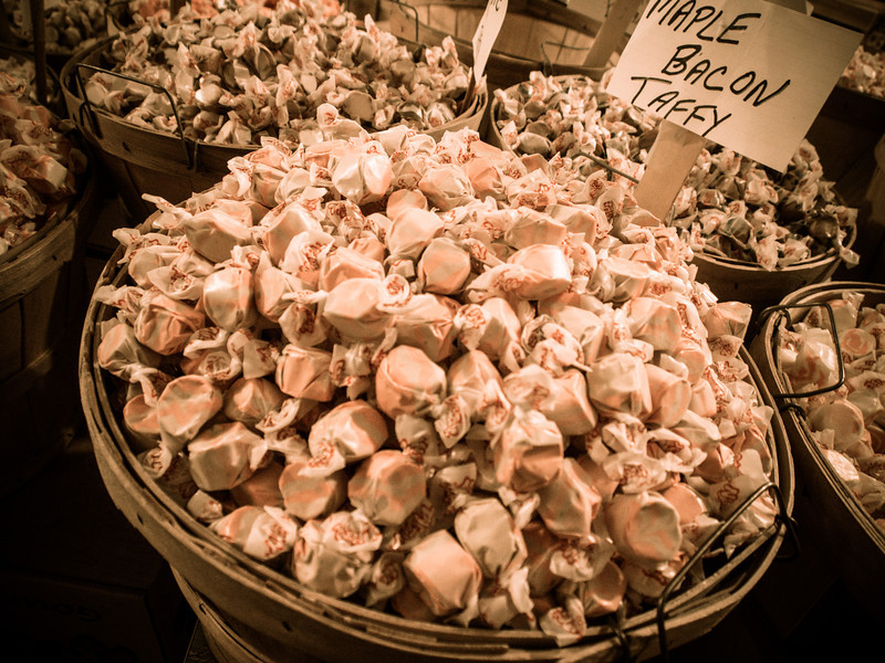 sugar maple bacon taffy.jpg