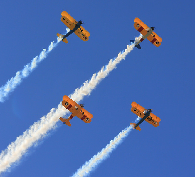 Parade Fly Over 3.jpg