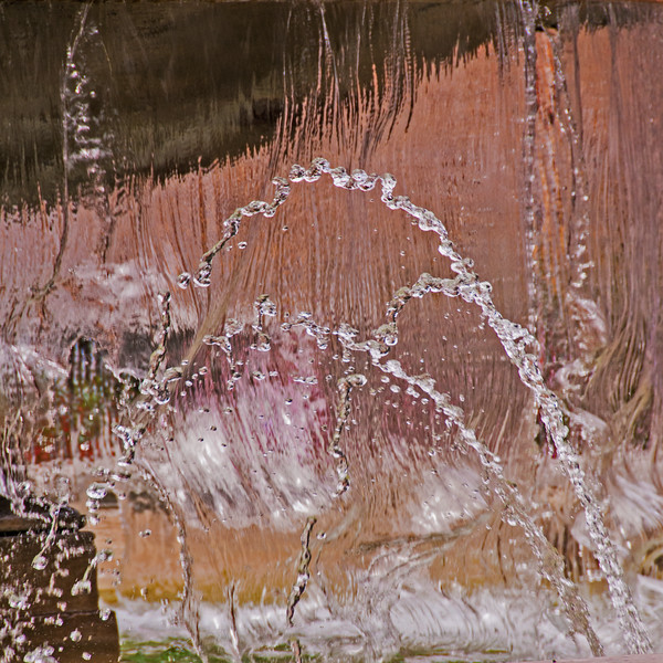 Fountain in Sorrento~1997-2sq.
