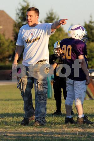 3_4 Vikings Coaches