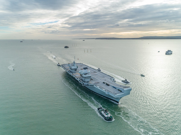 HMS QUEEN ELIZABETH - Homecoming