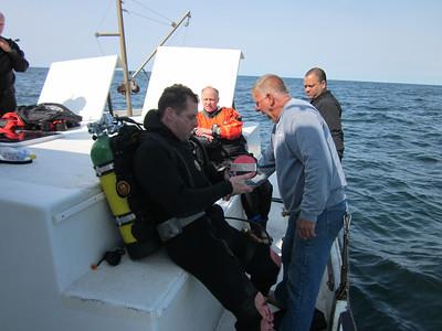 LIDA Sponsored Dive on the RV Garloo