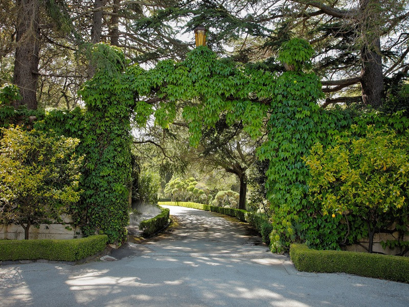 . An approximately 16,000 sq. ft. Mediterranean-styled, Bliss & Faville mansion, owned by one family for 150 years, is on the market for $100,000,000. The 47-acre property is located between San Francisco and the Silicon Valley in Hillsborough. (Photo courtesy Sotheby\'s)