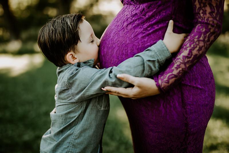 cathrine caleb maternity-33.jpg