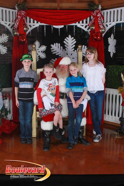 Santa 12-17-16-275.jpg