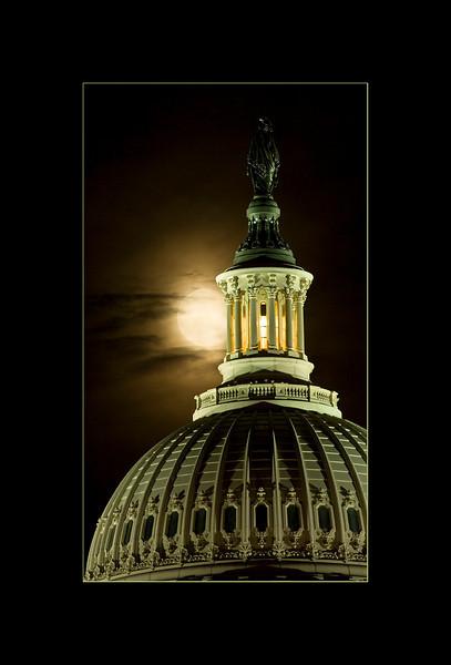 Moon and Capitol-4 smugmug.jpg