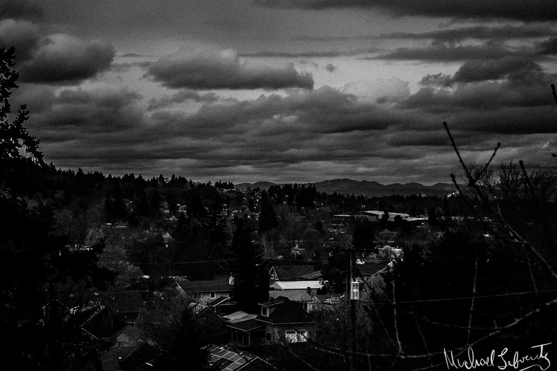 another day another rain storm, friendly Valley 2018 (1 of 1) dramatic cloud.jpg