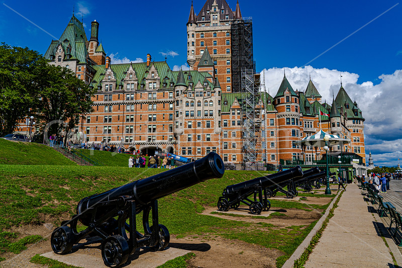 2827 Quebec-Upper old townrev1crp1.jpg