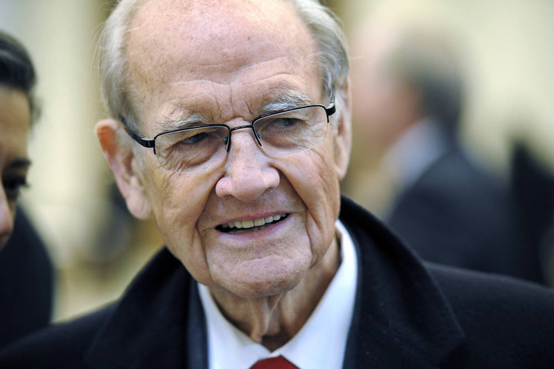 . Former presidential nominee and Sen. George McGovern.   (Photo by Cliff Owen-Pool/Getty Images)