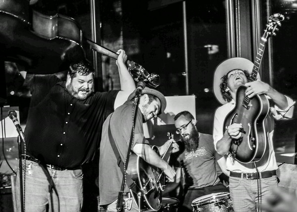 Kyle Reid & the Low Swinging Chariots 07-19-14
